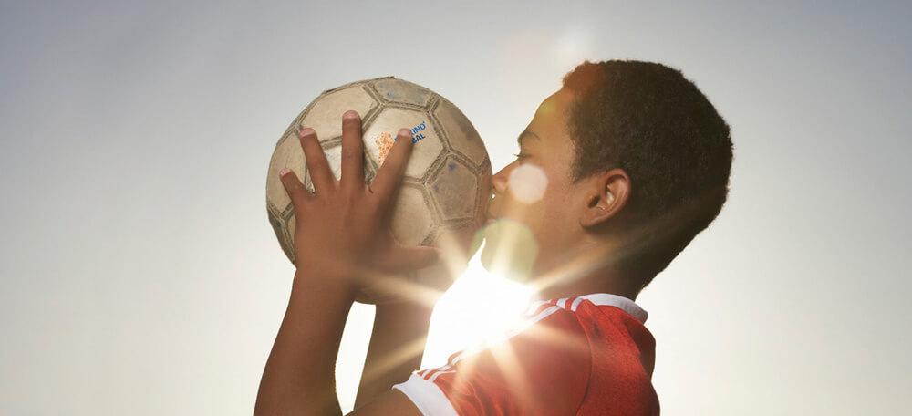 Dar al ousra 7 tegen 7 toernooi ballen van stichting elk kind een bal